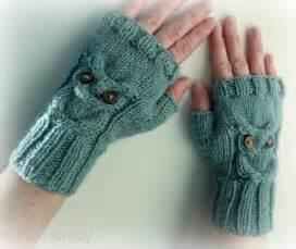Owl fingerless mittens by naturegirlknits1 knitting pattern
