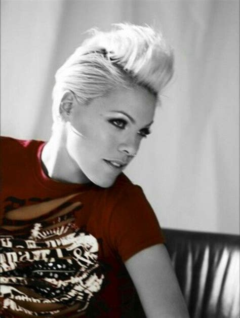 singer pink short hair 66 best pinks hair for me images on pinterest hairstyles