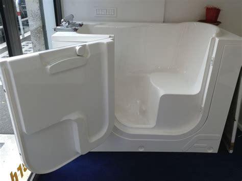 vasca da bagno anziani trasformazione vasca da bagno per anziani bagno come
