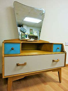 Upcycled Vanity Table 1000 Ideas About Vintage Dressing Tables On Pinterest Dressing Tables Vinyl Wall Quotes And
