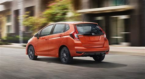 new honda fit 2018 restyled 2018 honda fit arrives with new sport trim the