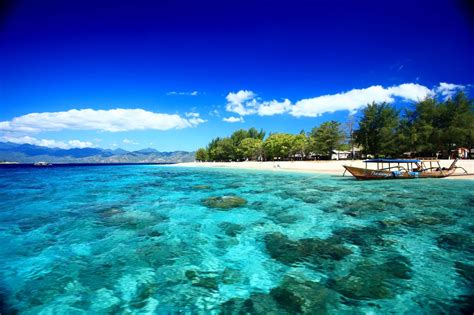 islands a trip through gili islands indonesia tourism