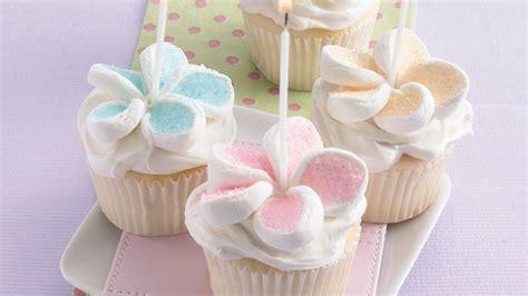 flower cupcakes recipe bettycrockercom