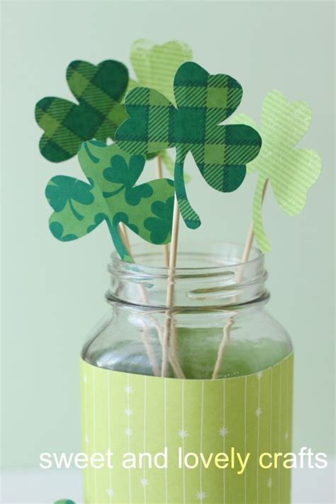 How To Make Paper Shamrocks - simple shamrock crafts for st patricks day