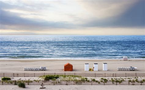 friendly beaches nj best beaches in new jersey vacations for couples singles and families
