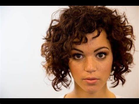 a lined curly bob haircuts a line bob haircut on curly hair on the road education