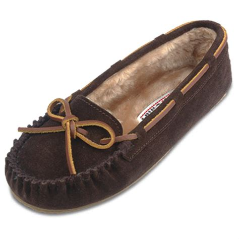 womens moccasin slippers s minnetonka moccasin 174 pile lined cally slippers