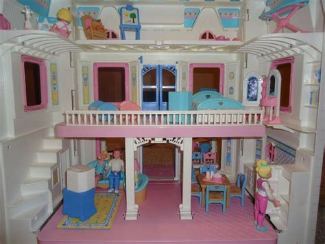 my little doll house fisher price doll house i loved my doll house i the 9o s pinterest fisher house ideas