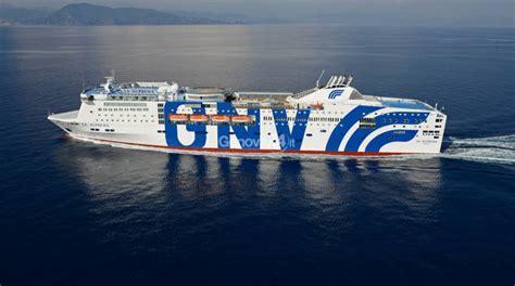 porto genova grandi navi veloci grandi navi veloci al via le prenotazioni per la linea