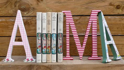 Decoupage Wooden Letters - iniciales de madera decoradas en decoupage wooden letters