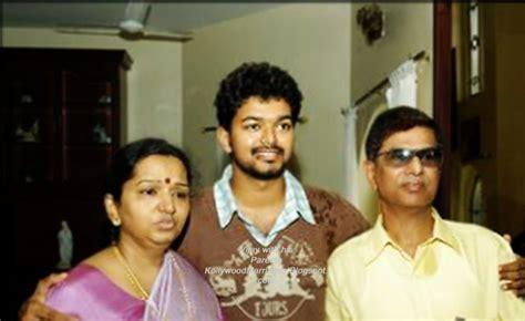 actor vijay sangeetha photos vijay sangeetha wedding album vijay sangeetha family photo 11