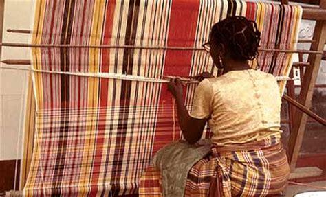 weaving for nigeria ladies akwete cloth an igbo textile art onlinenigeria com