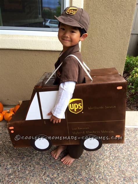 ups fedex  usps family costume working