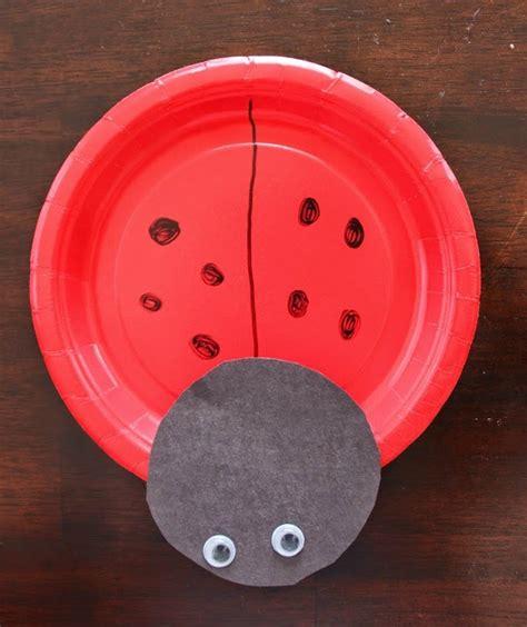 Paper Plate Ladybug Craft - ladybug paper plate craft allfreekidscrafts