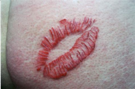 easy lip tattoo lips tattoo by body mods on deviantart