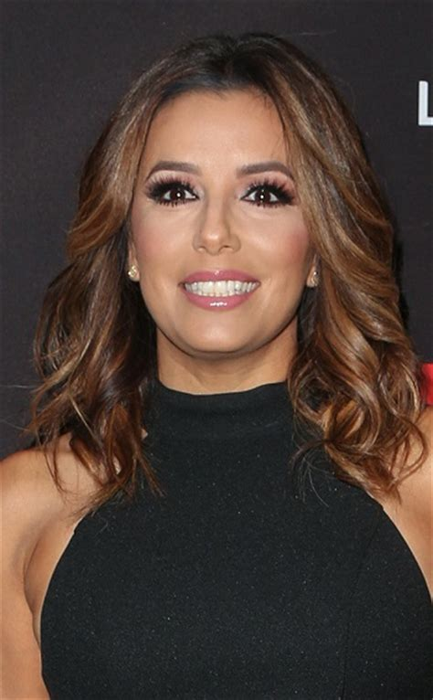 Hairstyles: Eva Longoria ? Medium Layered Hairstyle