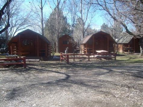 Snake River Park Cabins by This Place Is For The Birds Picture Of Snake River Rv Park Cground Idaho Falls