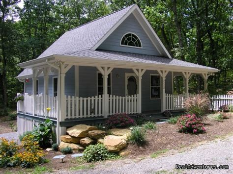Blue Mountain Cottage Rental by The Blue Cottage Rental Lookout Mountain Ga Rising