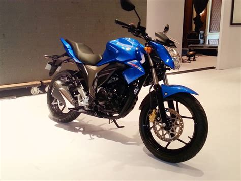 Suzuki Gixxer 150cc Suzuki Will Introduce Gixxer Faired By The Next Year