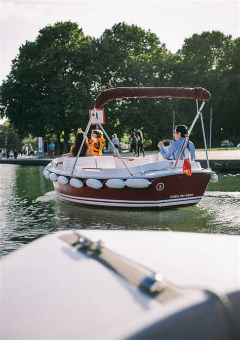 electric boat uses most electric boat for private or fleet use henley