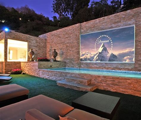 Top 10 awards for swimming pools and hot tub spas for 2013