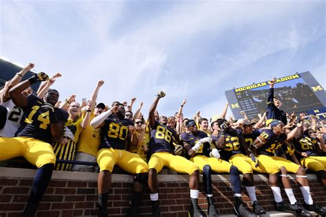 best student section in college football eleven things we learned during college football week 4