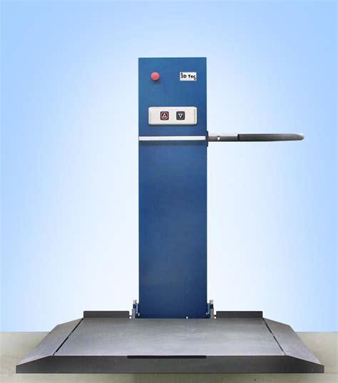 pedane elevatrici per disabili mini elevatore ireda slim lift piattaforma elevatrice