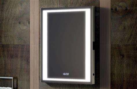 verwarmde badkamer spiegel spiegel met verwarming en verlichting badkamer courant