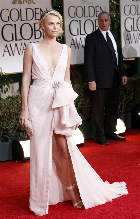The Look For Less Charlize Therons 2005 Golden Globes Dress by 5 Iconic Golden Globe Dresses Galore