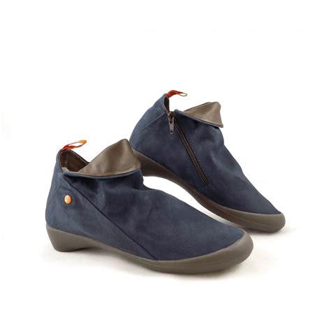 softinos farah soft low heel shoe boots in indigo