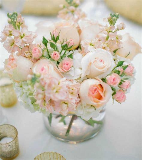Bouquet De Fleurs Dans Un Vase photo avant de mettre votre bouquet de fleurs dans un