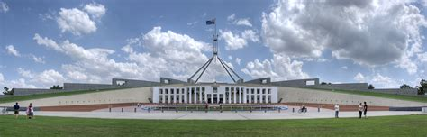 parliment house file parliament house canberra jpg