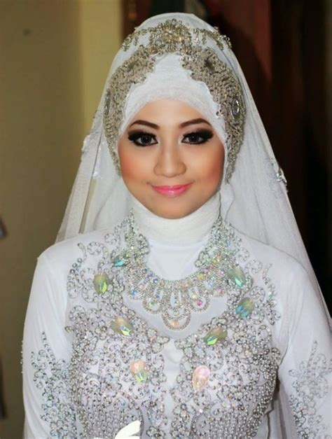 Model Kerudung Modern Pin Ajilbab Kivanc Tatlitug Wedding Pictures
