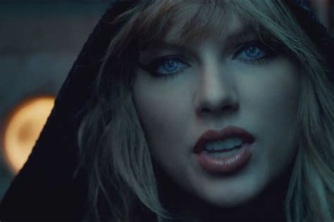taylor swift are you ready for it t shirt 8 hidden references in taylor swift s quot ready for it quot video