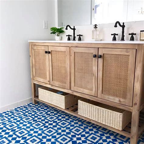 Vintage Black And White Tile Bathroom by Vintage Bathroom Black And White Cement Tile Lokparitran