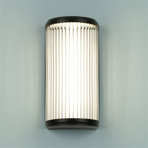 Bathroom Led Wall Lights Astro Lighting 7961 Ip44 Versailles 250 Led Bathroom Wall Light Bronze