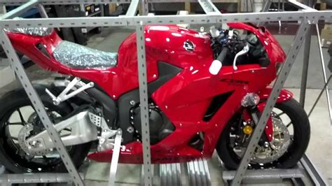honda cbr showroom 2013 cbr600rr just arrived in the crate at honda of