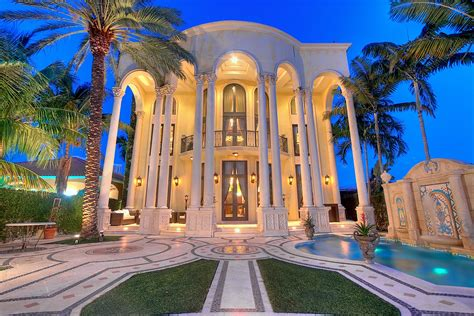 Miami Home Design Usa by Versace Mansion Go Rolling Out