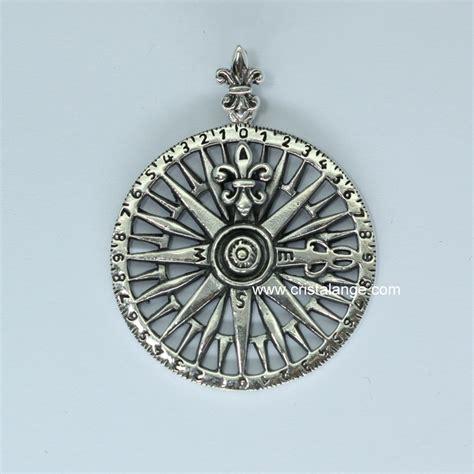 Pendentif rose des vents boussole   bijoux ésotériques Cristalange
