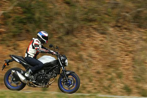 Suzuki Svs 650 Ride Suzuki Sv650 Review Visordown