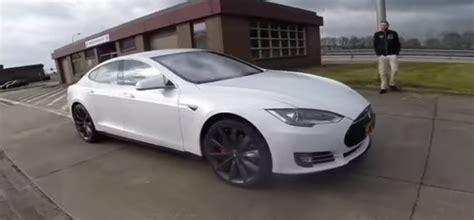 Tesla S Acceleration 2016 Tesla Model S P90d Ludicrous Autobahn Acceleration