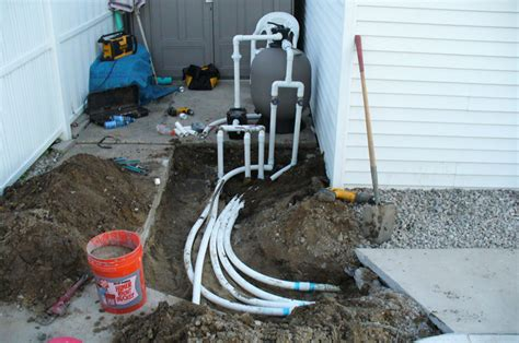 Pool Plumbing Leaks by Swimming Pool Service