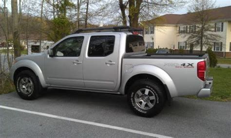 nissan frontier pro 4x lifted buy used 2011 nissan frontier pro 4x crew cab pickup 4