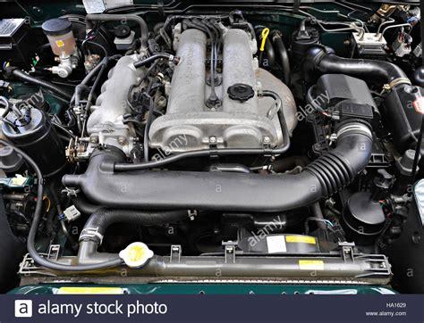how cars engines work 1993 mazda miata mx 5 electronic throttle control mazda mx5 engine stock photo 126645857 alamy