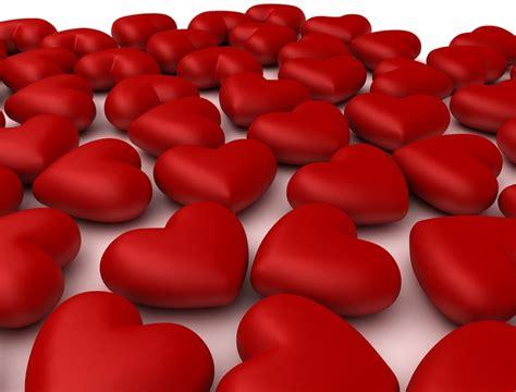 come sorprendere un uomo a letto idee romantiche sorprese san valentino 2015 per lui
