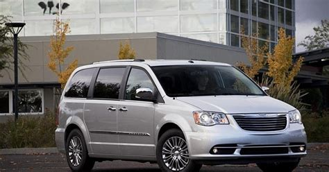 Ic Power Pm 8916 By A1 Accessories price of chrysler town and country 2012 cars news and