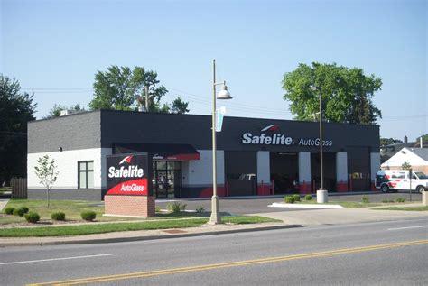 safelite auto glass net lease commercial real estate