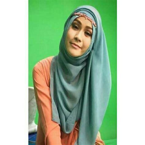 Pashmina Cerutti jual jilbab pashmina ceruti polos tidak licin quot leny