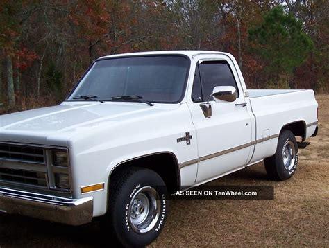 chevy truck car 1987 chevy silverado fleetside pickup truck