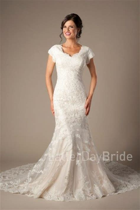 Lds Wedding Dress by 1000 Images About Modest Wedding Dresses On